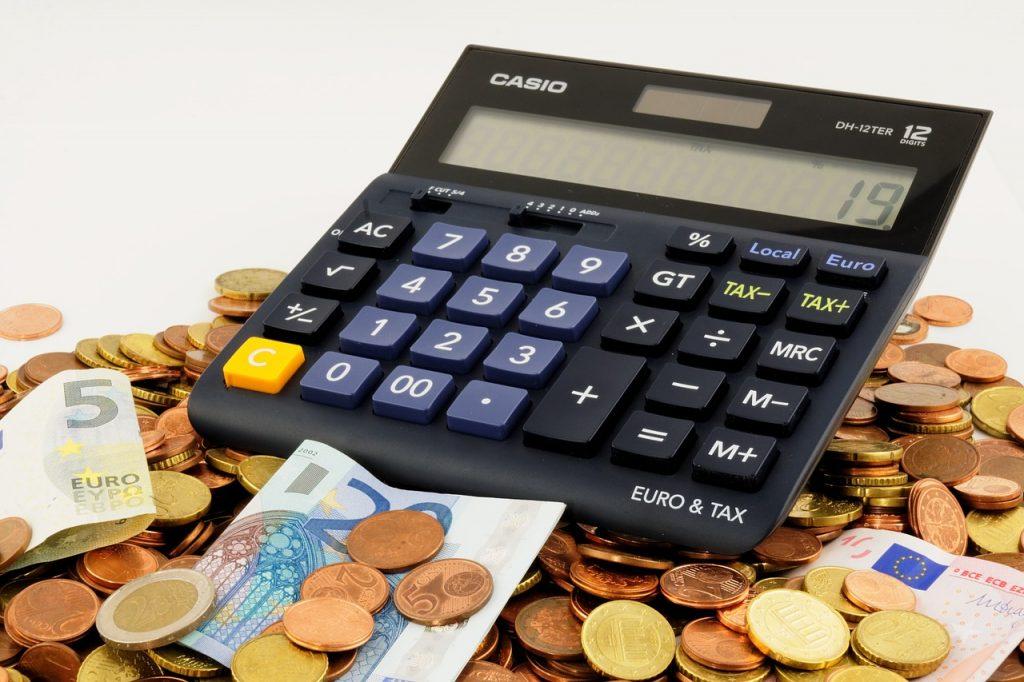 doradca podatkowy zarobki